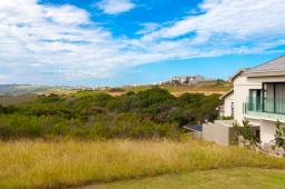 Oubaai_Golf_Estate_vacant_stand